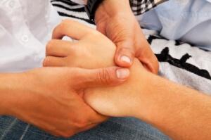 child with wrist injury